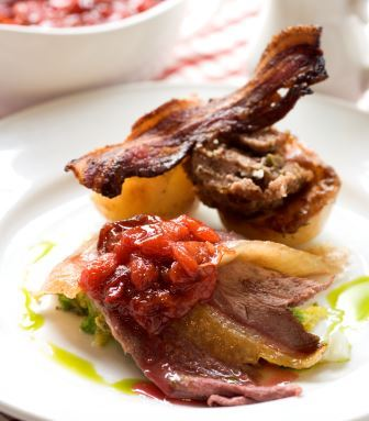 Roast Goose, Cranberry & Chestnut stuffing